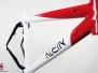 Klein Pulse II - Red, White, Black
